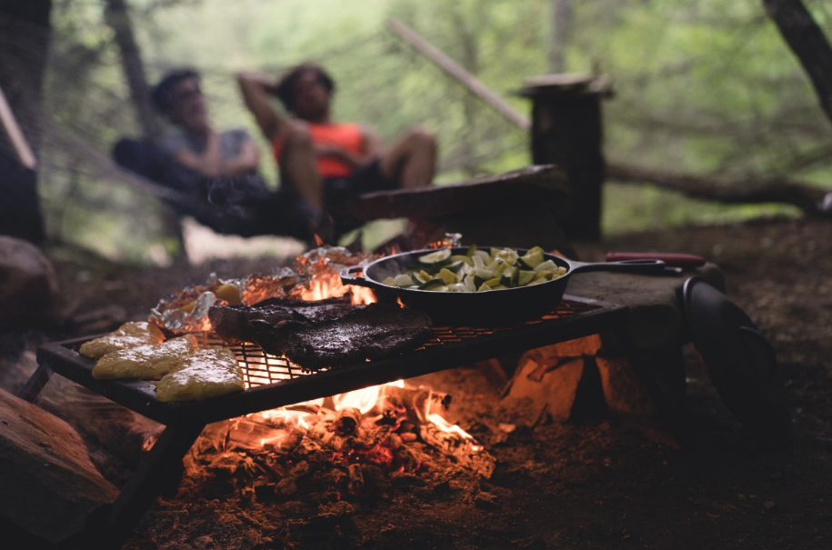 cooking and dining at camping