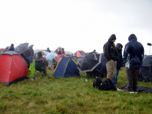 a tent footprint can help you stay drier during rainy or wet weather, but only if you take the correct precautions